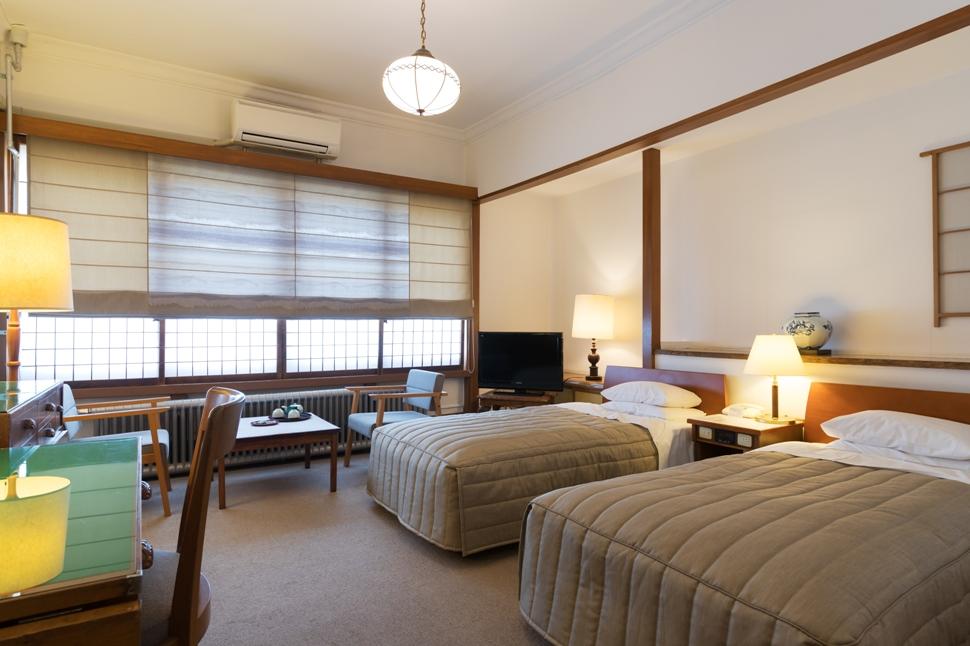 Nikko-Kanaya-Hotel-Guestroom2
